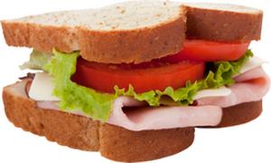 Женщины потребляют много лишних калорий из-за перекусов на работе
