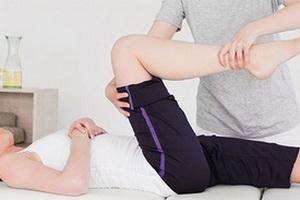 Массаж ног может помочь укрепить отношения
