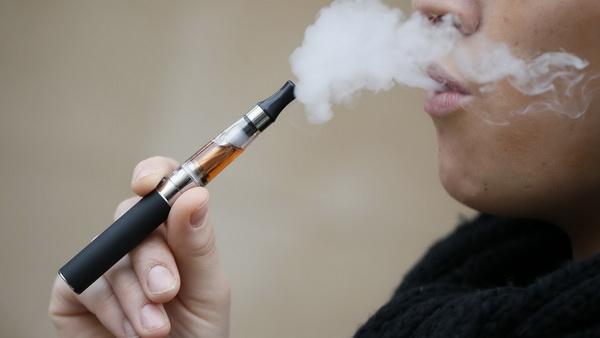 В США призывают полностью запретить электронные сигареты