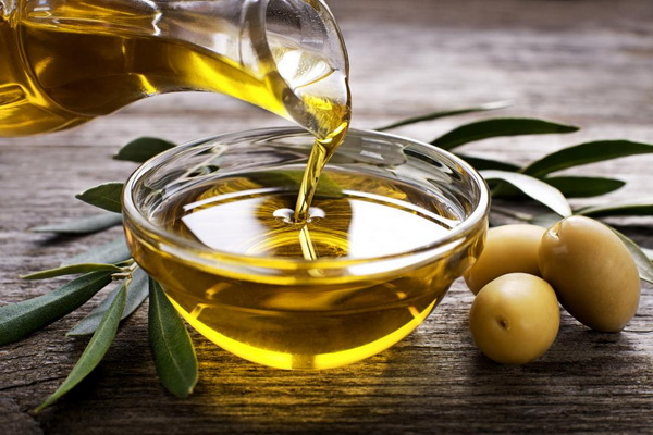Оливковое масло снижает риск инсульта даже при редком употреблении