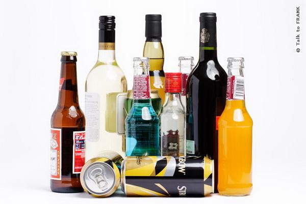 Даже малые дозы алкоголя нарушают самоконтроль