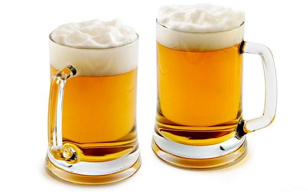 Лишняя кружка пива делает жизнь короче