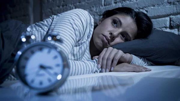 4 причины, почему вы просыпаетесь посреди ночи