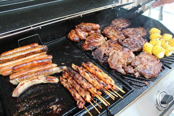 Употребление более 200 грамм мяса в день повышает риск ранней смертности