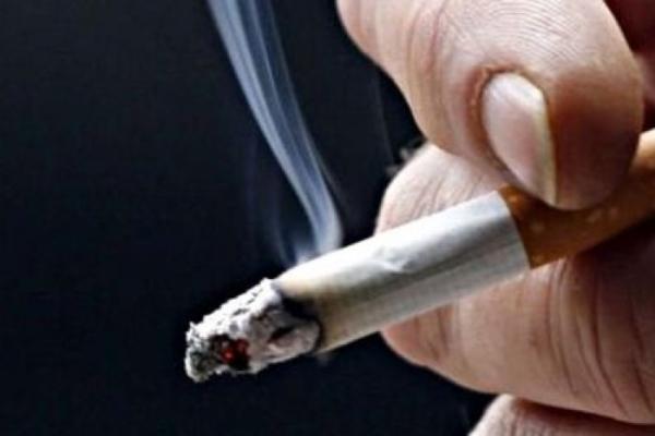 Курение табака и электронных сигарет усиливает тяжесть и продолжительность симптомов