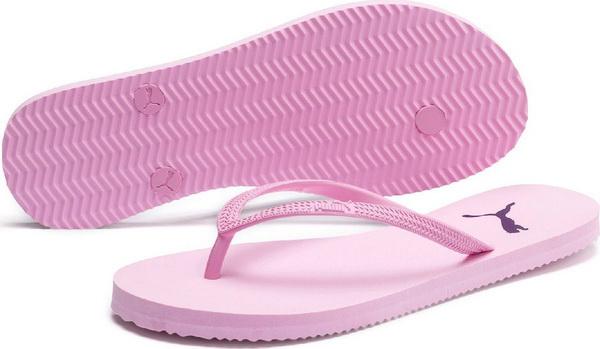 Летняя обувь в виде сланцев может быть опасной для здоровья