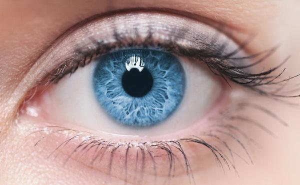 Уникальная замена роговице спасает от потери зрения
