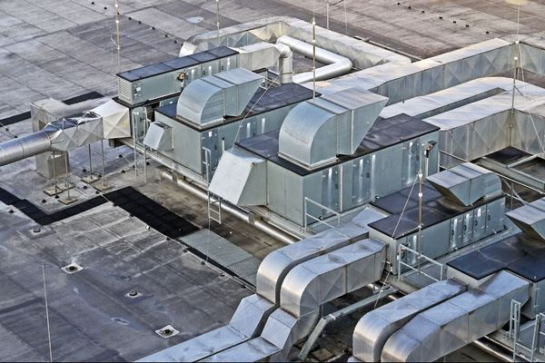 Системы вентиляции и очистки воздуха способствуют распространению вирусов